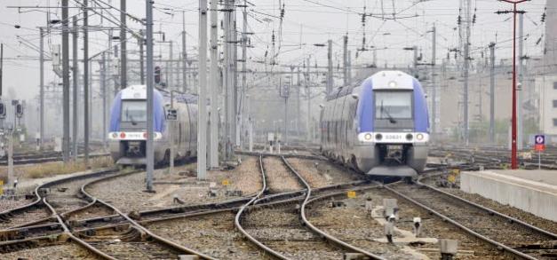 Przyszłość kolei w Polsce - rozmowa z eurodeputowanym Arturem Zasadą; © European Union 2011 PE-EP